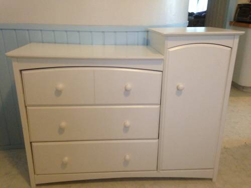 Baby dresser/ changing table